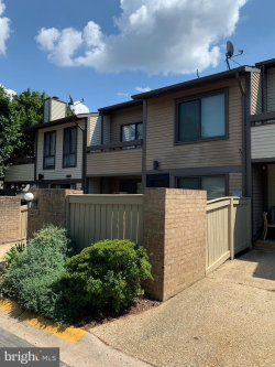 Photo of 18113 Copps Hill PLACE, Gaithersburg, MD 20886 (MLS # MDMC675252)