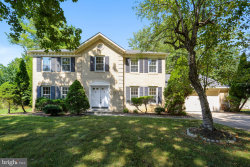 Photo of 11204 Broad Green DRIVE, Potomac, MD 20854 (MLS # MDMC676844)