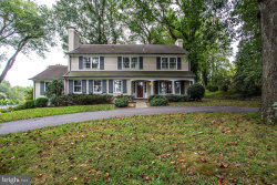 Photo of 10233 Norton ROAD, Potomac, MD 20854 (MLS # MDMC678576)