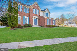 Photo of 21101 Hickory Forest WAY, Germantown, MD 20876 (MLS # MDMC701906)