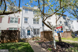 Photo of 13920 Highstream PLACE, Unit 693, Germantown, MD 20874 (MLS # MDMC702196)