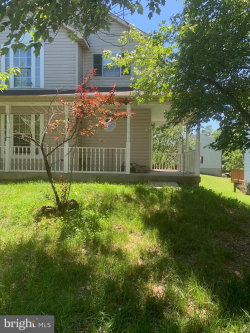 Photo of 4111 Swiss Stone DRIVE, Burtonsville, MD 20866 (MLS # MDMC711264)
