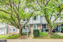 Photo of 12524 Timber Hollow PLACE, Germantown, MD 20874 (MLS # MDMC716410)