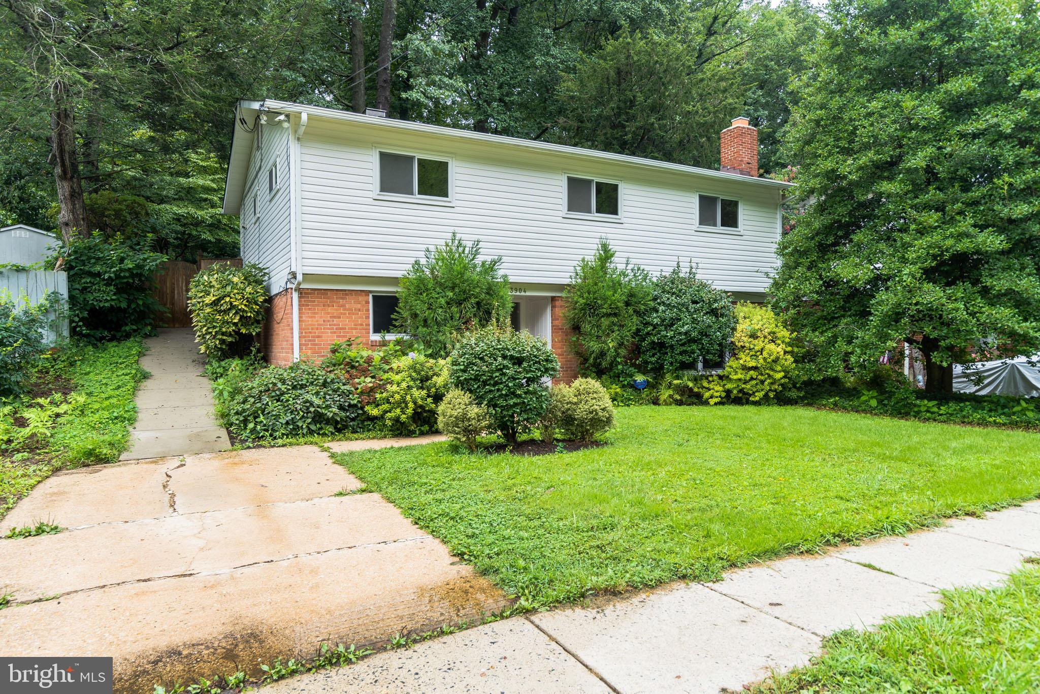 Photo for 3904 Byrd ROAD, Kensington, MD 20895 (MLS # MDMC717512)