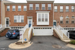 Photo of 3917 Bryant Park CIRCLE, Burtonsville, MD 20866 (MLS # MDMC724628)