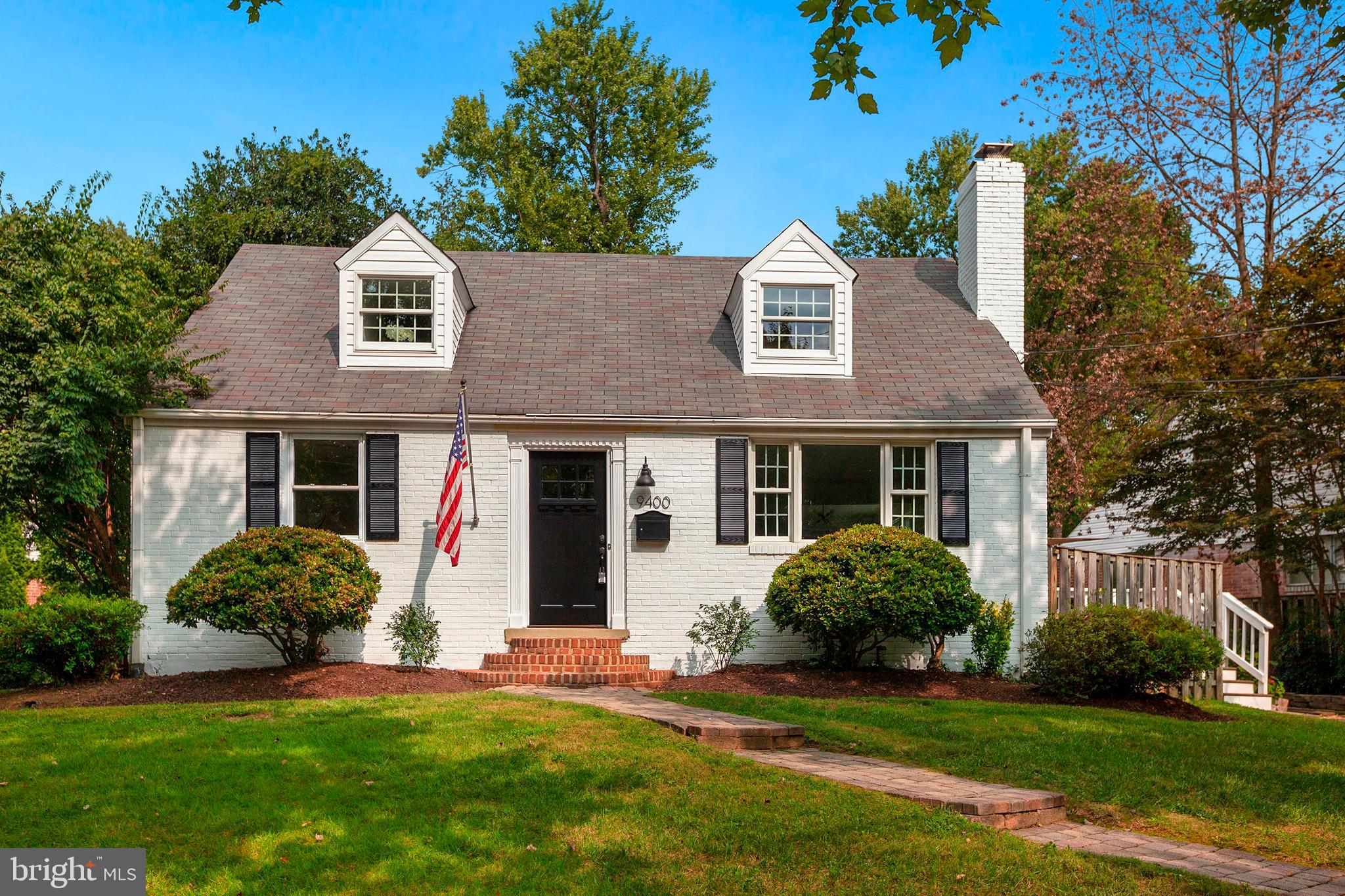 Photo for 9400 Bulls Run PARKWAY, Bethesda, MD 20817 (MLS # MDMC725362)