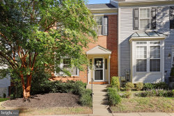 Photo of 12063 Panthers Ridge DRIVE, Germantown, MD 20876 (MLS # MDMC725632)