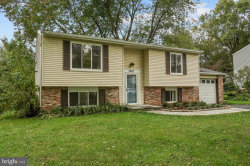 Photo of 19312 Poinsetta COURT, Gaithersburg, MD 20879 (MLS # MDMC727692)