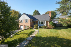 Photo of 5710 Newington ROAD, Bethesda, MD 20816 (MLS # MDMC730164)