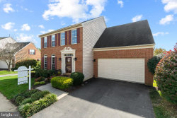 Photo of 725 Summer Walk DRIVE, Gaithersburg, MD 20878 (MLS # MDMC731404)