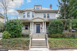 Photo of 212 Lakeview, Collingswood, NJ 08108 (MLS # NJCD359592)