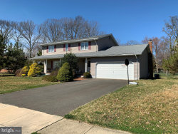 Photo of 18 Ray Dwier DRIVE, Hamilton, NJ 08690 (MLS # NJME293512)