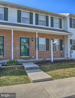Photo of 5 Fiddler DRIVE, New Oxford, PA 17350 (MLS # PAAD108744)
