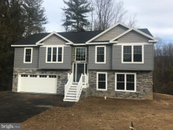 Photo of 7411 Lincoln WAY E, Fayetteville, PA 17222 (MLS # PAFL169342)