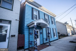 Photo of 324 South Main, Chambersburg, PA 17201 (MLS # PAFL170502)