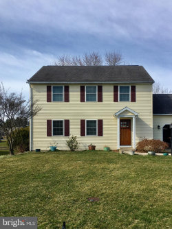 Photo of 3521 Turnberry DRIVE, Chambersburg, PA 17202 (MLS # PAFL171916)
