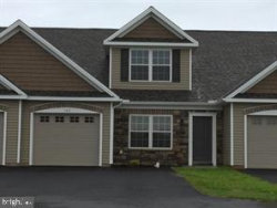 Photo of 19 Kimberly COURT, Elizabethtown, PA 17022 (MLS # PALA122922)