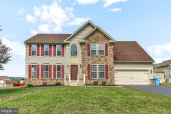 Photo of 480 Lakeview DRIVE, Spring Grove, PA 17362 (MLS # PAYK124112)