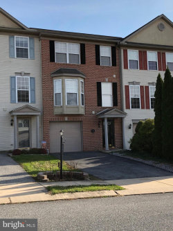 Photo of 140 Fisher DRIVE, York, PA 17404 (MLS # PAYK128550)