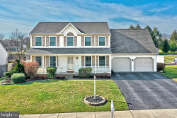 Photo of 1846 Dorchester DRIVE, York, PA 17408 (MLS # PAYK133530)