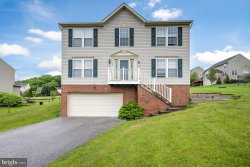 Photo of 271 Courtney COURT, Spring Grove, PA 17362 (MLS # PAYK144510)
