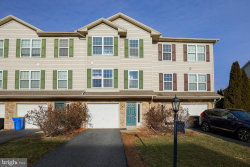 Photo of 525 Fisher DRIVE, York, PA 17404 (MLS # PAYK150984)