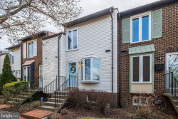 Photo of 973 S Taylor STREET, Arlington, VA 22204 (MLS # VAAR159018)