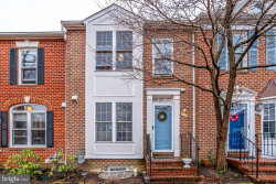 Photo of 2102 N Tazewell COURT, Arlington, VA 22207 (MLS # VAAR159506)