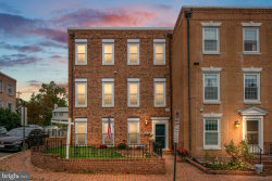 Photo of 1335 N Lynnbrook DRIVE, Arlington, VA 22201 (MLS # VAAR172130)