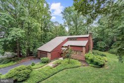 Photo of 3226 Foxvale DRIVE, Oakton, VA 22124 (MLS # VAFX1002910)