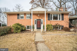 Photo of 7504 Allan AVENUE, Falls Church, VA 22046 (MLS # VAFX102132)