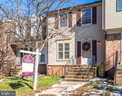 Photo of 5907 Grisby House COURT, Centreville, VA 20120 (MLS # VAFX104176)
