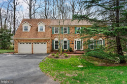 Photo of 11213 Cranbrook LANE, Oakton, VA 22124 (MLS # VAFX1048970)