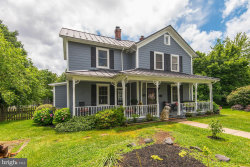 Photo of 633 Nash STREET, Herndon, VA 20170 (MLS # VAFX1066862)