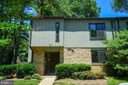 Photo of 1818 Ivy Oak SQUARE, Reston, VA 20190 (MLS # VAFX1071406)