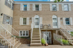 Photo of 14363 Saguaro PLACE, Centreville, VA 20121 (MLS # VAFX1071686)