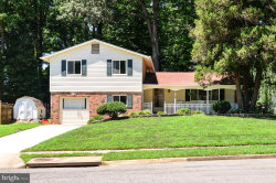 Photo of 5118 Gainsborough DRIVE, Fairfax, VA 22032 (MLS # VAFX1077840)
