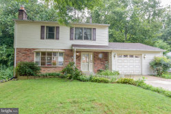 Photo of 6622 Holford LANE, Springfield, VA 22152 (MLS # VAFX1083632)