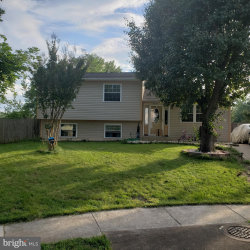 Photo of 1215 Sunrise COURT, Herndon, VA 20170 (MLS # VAFX1137542)