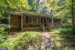 Photo of 9221 Weant DRIVE, Great Falls, VA 22066 (MLS # VAFX1139340)