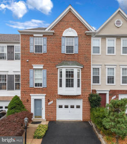 Photo of 3038 Barden Oaks COURT, Oakton, VA 22124 (MLS # VAFX1161336)