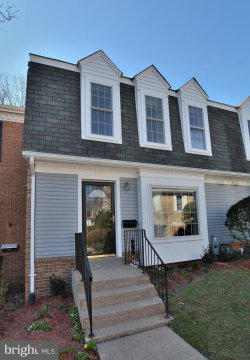 Photo of 6615 Mclean COURT, Mclean, VA 22101 (MLS # VAFX1175926)