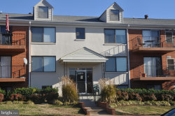 Photo of 125-N Clubhouse DRIVE SW, Unit 9, Leesburg, VA 20175 (MLS # VALO231626)