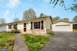 Photo of 612 W Beech ROAD, Sterling, VA 20164 (MLS # VALO380856)