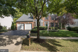 Photo of 25272 Ripleys Field DRIVE, Chantilly, VA 20152 (MLS # VALO395308)