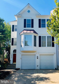 Photo of 20585 Banbury SQUARE, Sterling, VA 20165 (MLS # VALO396596)