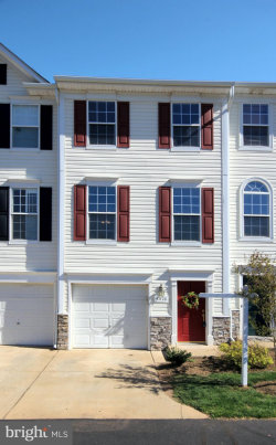 Photo of 43728 Calistoga SQUARE, Unit 24, Ashburn, VA 20147 (MLS # VALO407166)