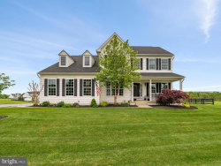 Photo of 17909 N Shore DRIVE, Purcellville, VA 20132 (MLS # VALO411150)
