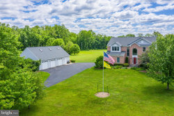Photo of 13652 Mountain ROAD, Hillsboro, VA 20132 (MLS # VALO411480)