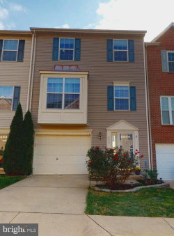 Photo of 559 Tuliptree SQUARE NE, Leesburg, VA 20176 (MLS # VALO424152)